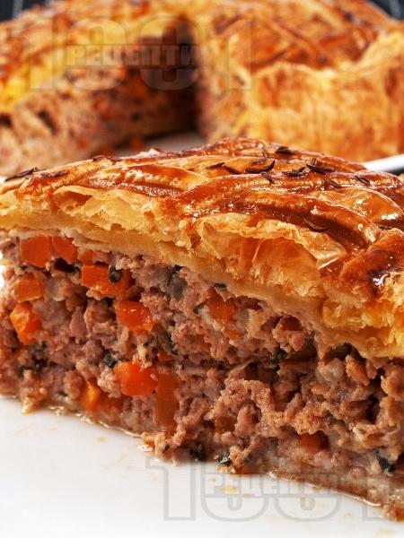 Пирог с кайма - снимка на рецептата